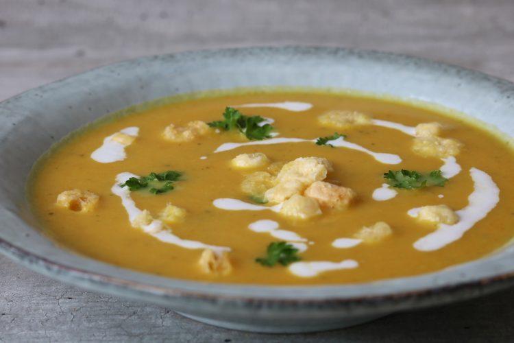 Pompoenen veggie soep met Cheesepops!